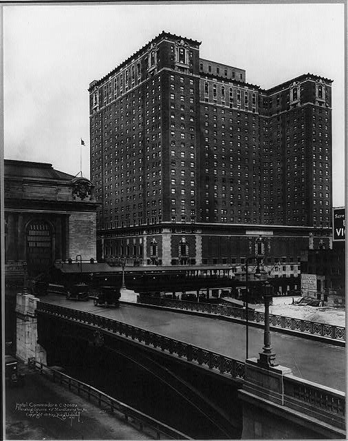 The Hotel Commodore, circa 1919. Library of Congress.